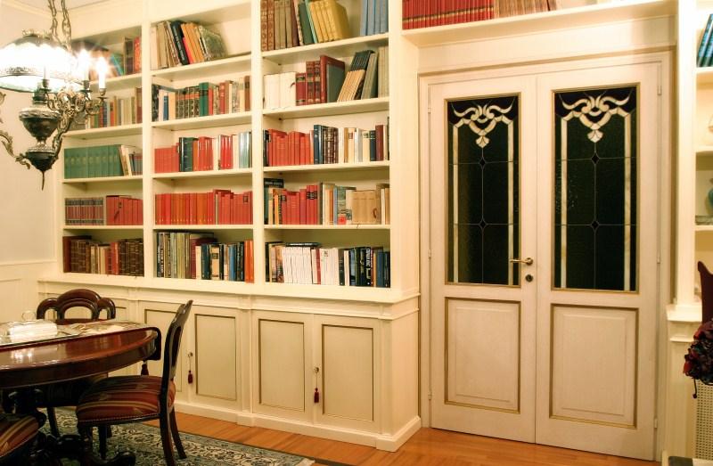 Libreria e parete2