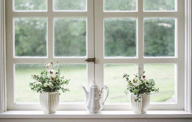 Una casa ben illuminata da fonti naturali migliora l'umore.